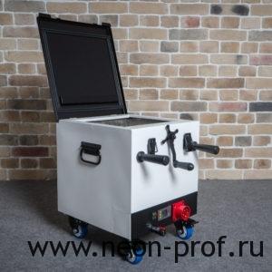 Neon-Mini Black/White Water Pump